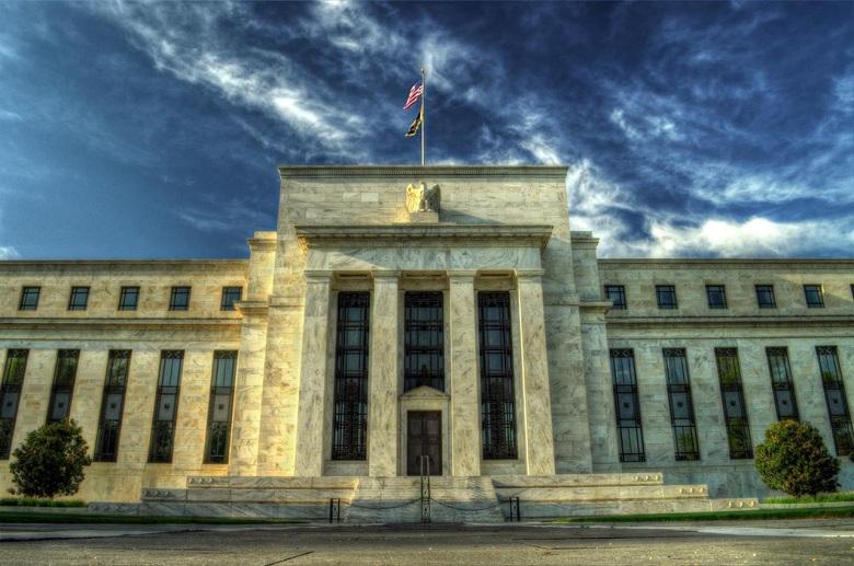 ФРС впервые за десятилетие прибегла к кризисному инструментарию